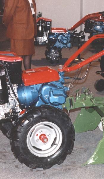 MODELO 5-M-10 CON SURQUEADORAS